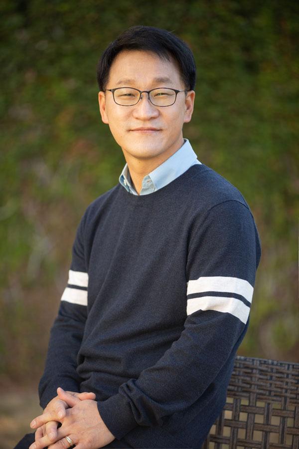 Rev_Lee SH